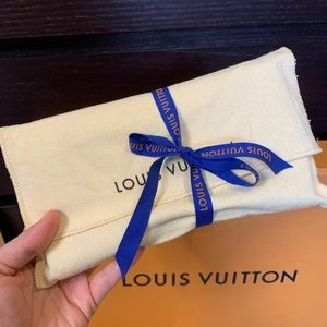 Louis Vuitton Bags - Louis Vuitton Porte Tresor International Wallet